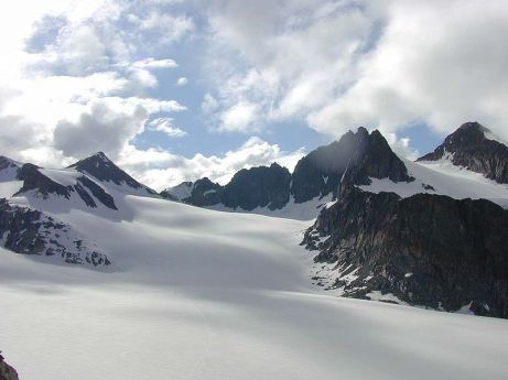 Stubai_Glacier_Summer_Ski_Resort