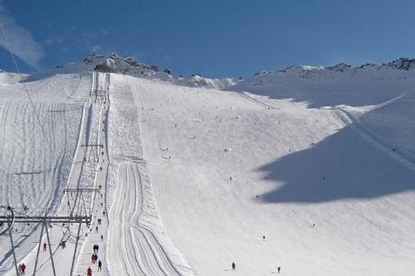 Tonale_Pass_Summer_Skiing