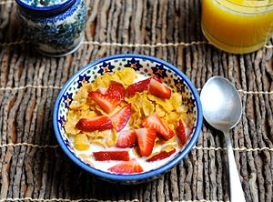 fruits_cereal_breakfast